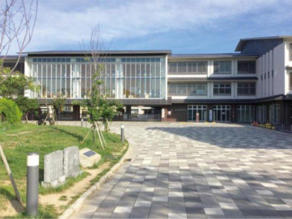 金田小学校 徒歩約17分
