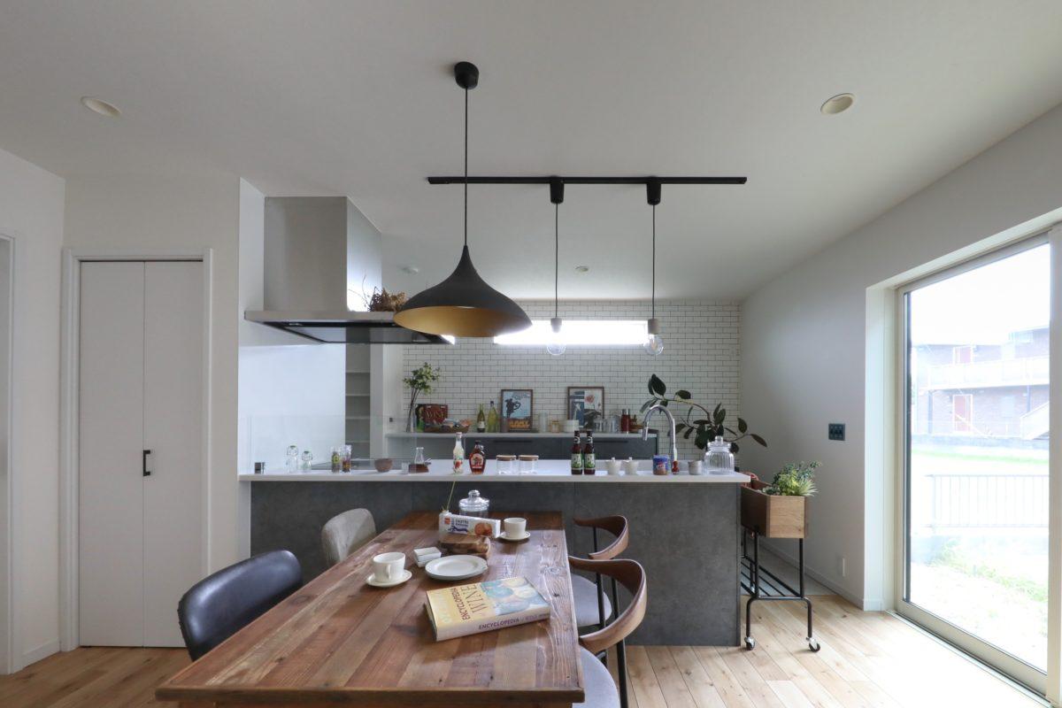 Storage plan/Full flat kitchen